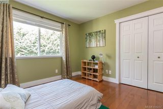 Photo 28: 400 Latoria Road in VICTORIA: Co Royal Bay Single Family Detached for sale (Colwood)  : MLS®# 416257