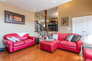 Photo 6: 400 Latoria Road in VICTORIA: Co Royal Bay Single Family Detached for sale (Colwood)  : MLS®# 416257