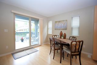 "Photo 8: 4 19250 65 Avenue in Surrey: Clayton Townhouse for sale in ""Sunberry Court"" (Cloverdale)  : MLS®# R2408587"