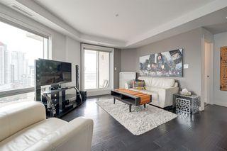 Photo 4: 1602 10388 105 Street in Edmonton: Zone 12 Condo for sale : MLS®# E4175189