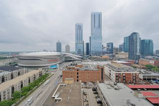 Photo 2: 1602 10388 105 Street in Edmonton: Zone 12 Condo for sale : MLS®# E4175189