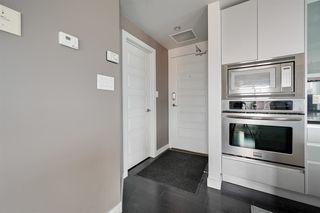 Photo 10: 1602 10388 105 Street in Edmonton: Zone 12 Condo for sale : MLS®# E4175189