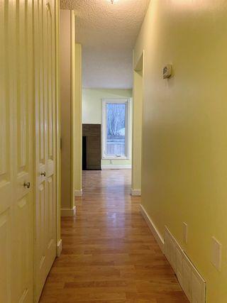 Photo 4: 16959 95 Street in Edmonton: Zone 28 Townhouse for sale : MLS®# E4186891