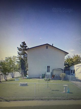 Photo 16: 10001 98 Avenue in Morinville: House Duplex for rent