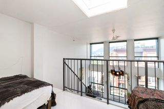 """Photo 11: 512 1 E CORDOVA Street in Vancouver: Downtown VE Condo for sale in """"CARRALL ST STATION"""" (Vancouver East)  : MLS®# R2476960"""