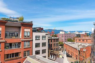 """Photo 16: 512 1 E CORDOVA Street in Vancouver: Downtown VE Condo for sale in """"CARRALL ST STATION"""" (Vancouver East)  : MLS®# R2476960"""