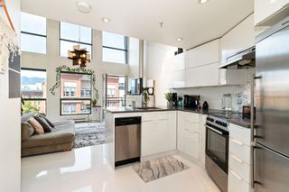 """Photo 4: 512 1 E CORDOVA Street in Vancouver: Downtown VE Condo for sale in """"CARRALL ST STATION"""" (Vancouver East)  : MLS®# R2476960"""