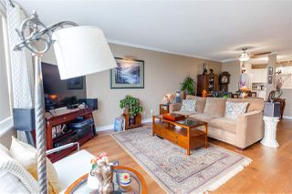 "Photo 7: 907 612 SIXTH Street in New Westminster: Uptown NW Condo for sale in ""The Woodward"" : MLS®# R2505938"
