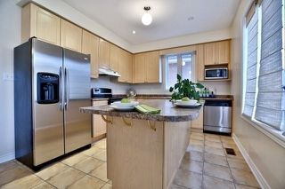 Photo 7: 3157 Abernathy Way in Oakville: Palermo West House (2-Storey) for lease : MLS®# W4985909
