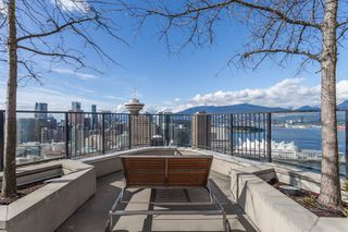 """Photo 25: 2002 108 W CORDOVA Street in Vancouver: Downtown VW Condo for sale in """"Woodwards"""" (Vancouver West)  : MLS®# R2525607"""