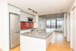 """Photo 2: 2002 108 W CORDOVA Street in Vancouver: Downtown VW Condo for sale in """"Woodwards"""" (Vancouver West)  : MLS®# R2525607"""