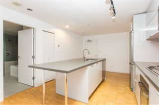 """Photo 14: 2002 108 W CORDOVA Street in Vancouver: Downtown VW Condo for sale in """"Woodwards"""" (Vancouver West)  : MLS®# R2525607"""