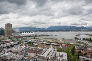 """Photo 24: 2002 108 W CORDOVA Street in Vancouver: Downtown VW Condo for sale in """"Woodwards"""" (Vancouver West)  : MLS®# R2525607"""