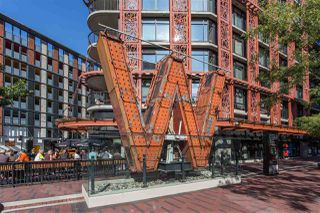 """Photo 1: 2002 108 W CORDOVA Street in Vancouver: Downtown VW Condo for sale in """"Woodwards"""" (Vancouver West)  : MLS®# R2525607"""
