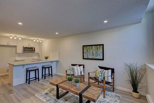 Photo 3: 126 Cranbrook Square SE in Calgary: Cranston Row/Townhouse for sale : MLS®# A1058399