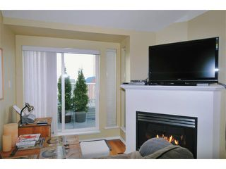 "Photo 2: 404 3939 HASTINGS Street in Burnaby: Vancouver Heights Condo for sale in ""SIENNA"" (Burnaby North)  : MLS®# V937672"