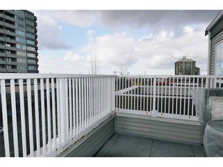 "Photo 9: 404 3939 HASTINGS Street in Burnaby: Vancouver Heights Condo for sale in ""SIENNA"" (Burnaby North)  : MLS®# V937672"