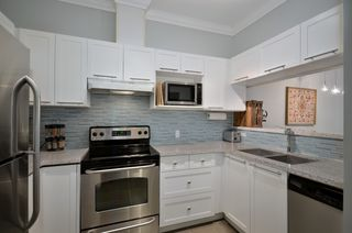 """Photo 4: 119 511 W 7TH Avenue in Vancouver: Fairview VW Condo for sale in """"BEVERLY GARDENS"""" (Vancouver West)  : MLS®# V949157"""