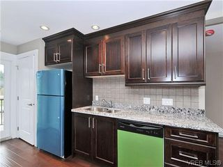 Photo 8: 105 982 Rattanwood Pl in VICTORIA: La Happy Valley Row/Townhouse for sale (Langford)  : MLS®# 625869