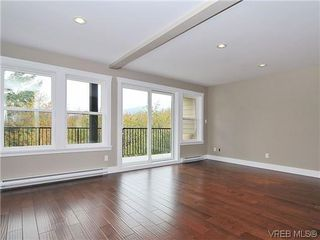 Photo 4: 105 982 Rattanwood Pl in VICTORIA: La Happy Valley Row/Townhouse for sale (Langford)  : MLS®# 625869