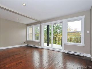 Photo 5: 105 982 Rattanwood Pl in VICTORIA: La Happy Valley Row/Townhouse for sale (Langford)  : MLS®# 625869