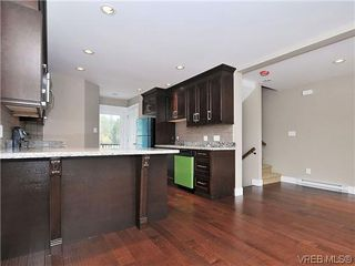 Photo 6: 105 982 Rattanwood Pl in VICTORIA: La Happy Valley Row/Townhouse for sale (Langford)  : MLS®# 625869