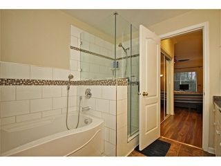 """Photo 8: 57 21579 88B Avenue in Langley: Walnut Grove Townhouse for sale in """"CARRIAGE PARK"""" : MLS®# F1228579"""