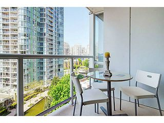 Photo 9: # 1105 1077 MARINASIDE CR in Vancouver: Yaletown Condo for sale (Vancouver West)  : MLS®# V1007322