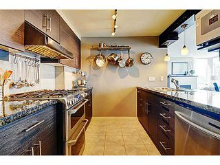 Photo 4: # 1105 1077 MARINASIDE CR in Vancouver: Yaletown Condo for sale (Vancouver West)  : MLS®# V1007322
