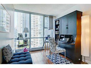 Photo 6: # 1105 1077 MARINASIDE CR in Vancouver: Yaletown Condo for sale (Vancouver West)  : MLS®# V1007322