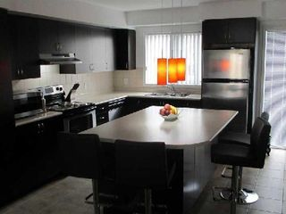 Photo 4: 1 3025 Destination Drive in Mississauga: Central Erin Mills Condo for lease : MLS®# W2739536