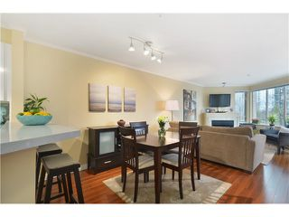 Photo 3: # 208 1208 BIDWELL ST in Vancouver: West End VW Condo for sale (Vancouver West)  : MLS®# V1069541