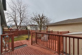 Photo 3: 420 Wallace Road in Kelowna: Rutland North Multi-family for sale : MLS®# 10111684