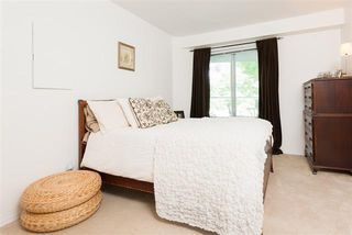 Photo 2: : Condo for sale (Vancouver East)  : MLS®# R2067640