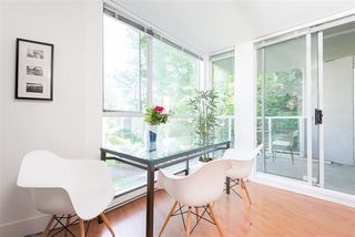 Photo 3: : Condo for sale (Vancouver East)  : MLS®# R2067640