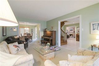 Photo 8: 1417 Kathleen Cres in Oakville: Iroquois Ridge South Freehold for sale : MLS®# W3688708