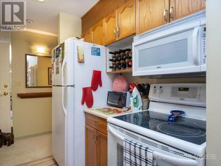 Photo 8: 805 220 Townsite Road in Nanaimo: Brechin Hill Condo for sale : MLS®# 443825
