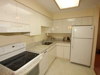 Photo 6: 608 1327 E KEITH ROAD in North Vancouver: Lynnmour Condo for sale : MLS®# R2354368