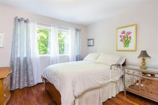 """Photo 13: 104 1930 MARINE Drive in West Vancouver: Ambleside Condo for sale in """"Park Marine"""" : MLS®# R2391116"""