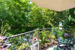 """Photo 15: 104 1930 MARINE Drive in West Vancouver: Ambleside Condo for sale in """"Park Marine"""" : MLS®# R2391116"""