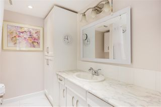 """Photo 14: 104 1930 MARINE Drive in West Vancouver: Ambleside Condo for sale in """"Park Marine"""" : MLS®# R2391116"""