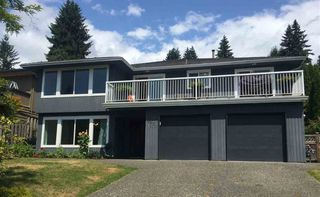 Photo 1: 1972 DUNROBIN Crescent in North Vancouver: Blueridge NV House for sale : MLS®# R2391503