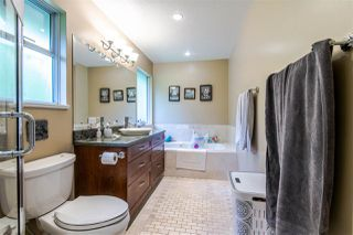 Photo 16: 1972 DUNROBIN Crescent in North Vancouver: Blueridge NV House for sale : MLS®# R2391503