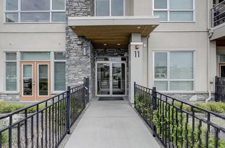 Photo 1: 202 11 BURMA STAR Road SW in Calgary: Currie Barracks Apartment for sale : MLS®# C4270968