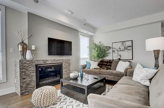 Photo 6: 202 11 BURMA STAR Road SW in Calgary: Currie Barracks Apartment for sale : MLS®# C4270968
