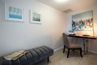 Photo 10: 1002 183 KEEFER Place in Vancouver: Downtown VW Condo for sale (Vancouver West)  : MLS®# R2439168