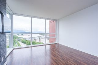 Photo 8: 1701 125 COLUMBIA Street in New Westminster: Downtown NW Condo for sale : MLS®# R2456392