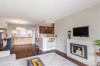 "Photo 4: 606 4194 MAYWOOD Street in Burnaby: Metrotown Condo for sale in ""Park Avenue Towers"" (Burnaby South)  : MLS®# R2493615"