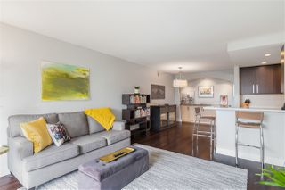 "Photo 2: 606 4194 MAYWOOD Street in Burnaby: Metrotown Condo for sale in ""Park Avenue Towers"" (Burnaby South)  : MLS®# R2493615"