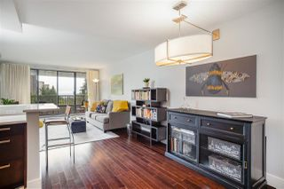 "Photo 9: 606 4194 MAYWOOD Street in Burnaby: Metrotown Condo for sale in ""Park Avenue Towers"" (Burnaby South)  : MLS®# R2493615"